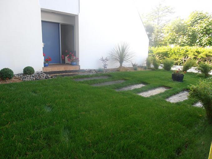 pierre pour alle de jardin gravier pour allee de jardin amnagement extrieur les pierres et leur. Black Bedroom Furniture Sets. Home Design Ideas