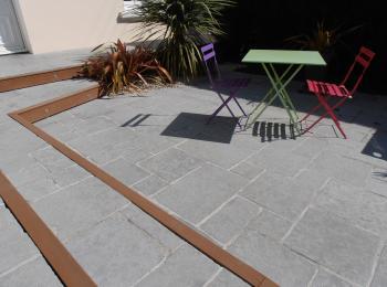 Création terrasse pierre naturelle St Nazaire